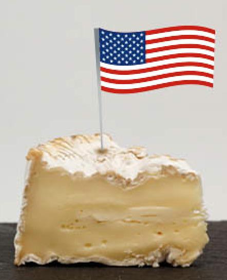 Camembert surmonté d'un drapeau américain