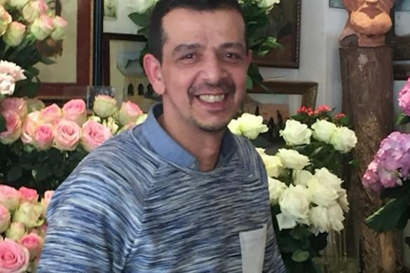 Saber Lakhdari fleuriste chez Arôm